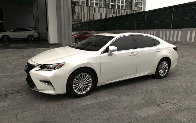 Bán Lexus ES sản xuất 2017, màu trắng, nhập khẩu nguyên chiếc còn mới0