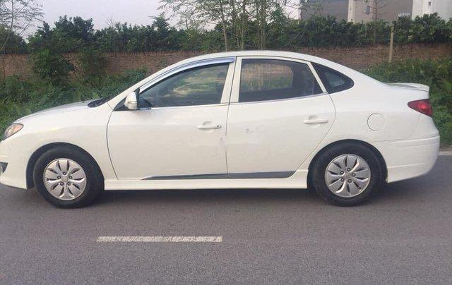 Bán Hyundai Avante đời 2013, xe số sàn4