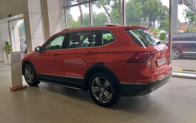 Bán ô tô Volkswagen Tiguan sản xuất năm 2018, màu đỏ, xe nhập5
