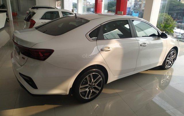 Cerato 2.0AT Premium trắng, xe mới, khuyến mại tháng 11 nhận ưu đãi cực khủng3