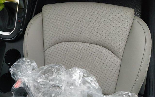 Cerato 2.0AT Premium trắng, xe mới, khuyến mại tháng 11 nhận ưu đãi cực khủng9