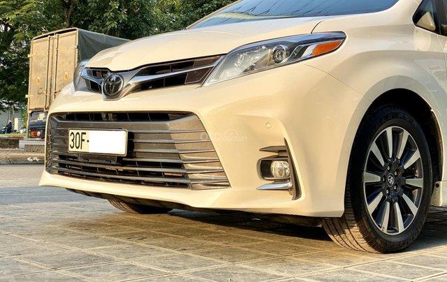 Cần bán nhanh chiếc xe Toyota Sienna, sản xuất 2018, giá tốt nhất3