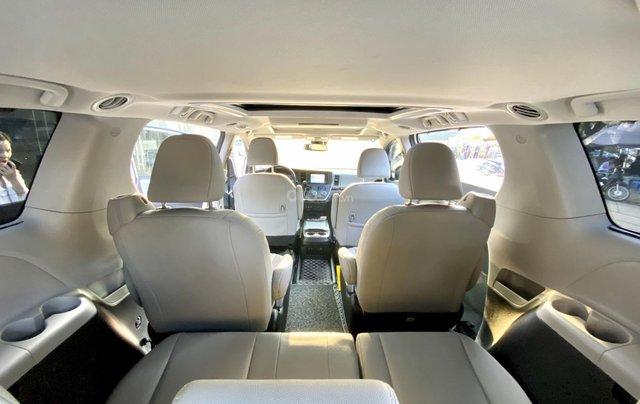 Cần bán nhanh chiếc xe Toyota Sienna, sản xuất 2018, giá tốt nhất14