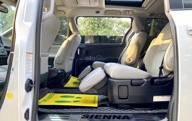 Cần bán nhanh chiếc xe Toyota Sienna, sản xuất 2018, giá tốt nhất11