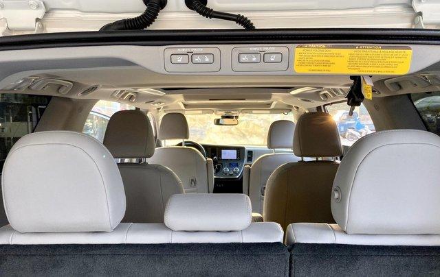 Cần bán nhanh chiếc xe Toyota Sienna, sản xuất 2018, giá tốt nhất15