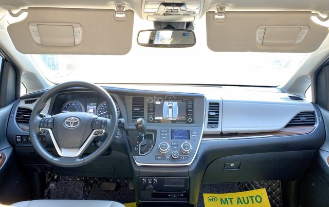 Cần bán nhanh chiếc xe Toyota Sienna, sản xuất 2018, giá tốt nhất17