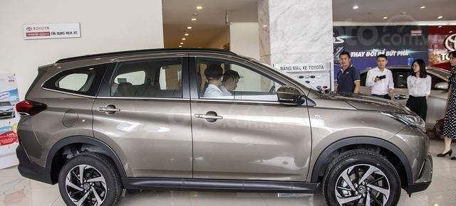 Giá xe Toyota Rush 2020 mới nhập khẩu tốt nhất, mua Rush 2020 trả góp lãi suất 3.9% chỉ với 180 triệu, LH giá tốt hơn1
