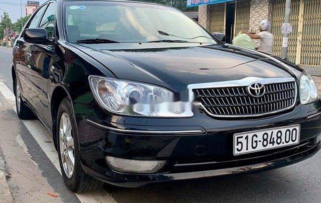 Cần bán xe Toyota Camry đời 2005, xe giá thấp, chính chủ sử dụng còn mới, động cơ ổn định0