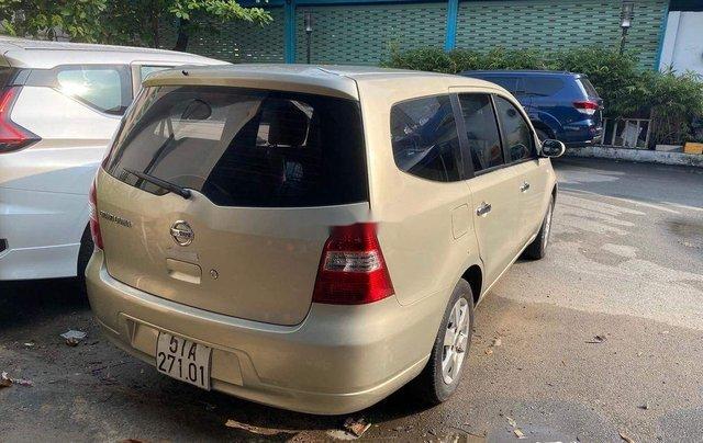 Bán Nissan Livina 2011, màu vàng, xe nhập số tự động, 325tr2