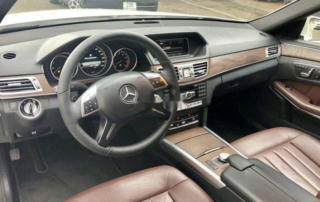Bán nhanh chiếc Mercedes Benz E200 sản xuất 2014, xe giá thấp, chính chủ sử dụng5