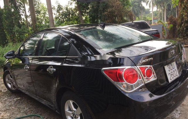 Cần bán Daewoo Lacetti sản xuất 2009, màu đen, xe nhập còn mới9