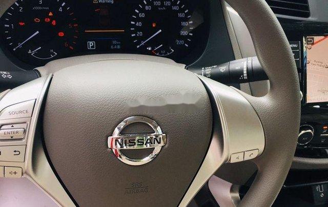 Bán Nissan Navara sản xuất 2019, xe nhập, giao ngay - đủ màu1