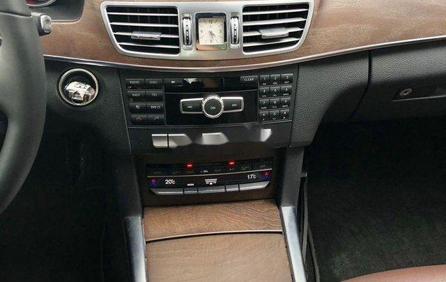 Bán nhanh chiếc Mercedes Benz E200 sản xuất 2014, xe giá thấp, chính chủ sử dụng9