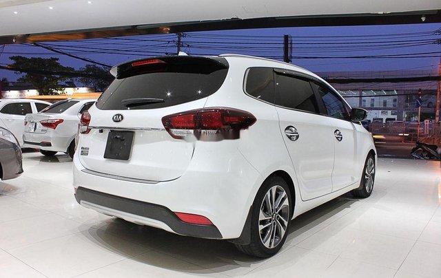 Bán Kia Rondo đời 2018, xe chính chủ sử dụng, còn mới giá cực ưu đãi2