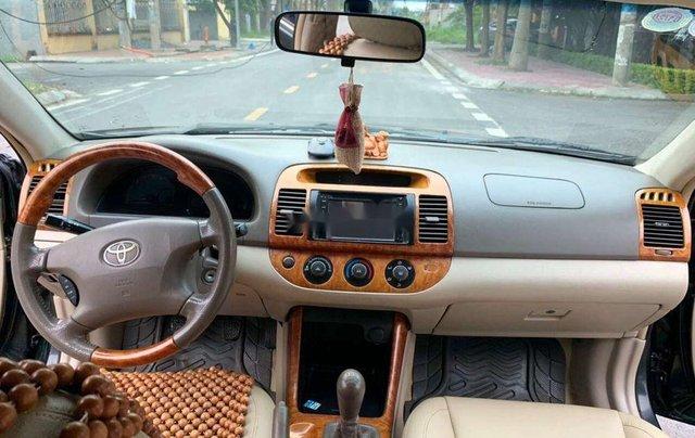 Bán xe Toyota Camry MT năm sản xuất 2003, xe chính chủ sử dụng còn mới, giá thấp4