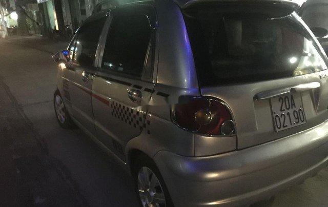 Chính chủ bán xe Daewoo Matiz đời 2006, màu bạc9