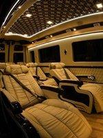 Solati Limousine- Chiếc xe dành cho đại gia đình6
