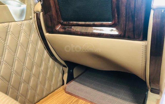 Solati Limousine- Chiếc xe dành cho đại gia đình12