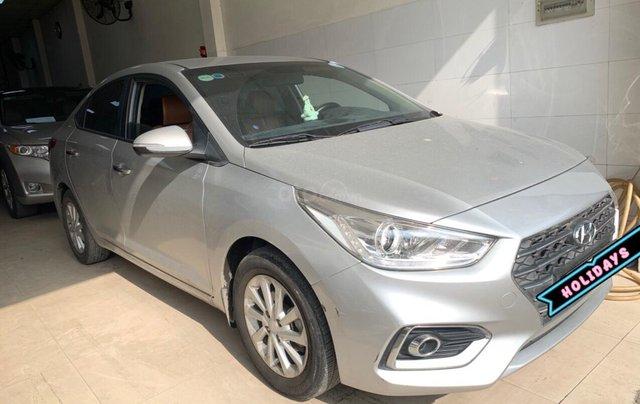 Xe Hyundai Accent năm 2018 số sàn, xe tuyệt đẹp1