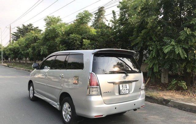 Bán ô tô Toyota Innova đăng ký 2010, màu bạc nhập khẩu nguyên chiếc giá chỉ 355 triệu đồng2