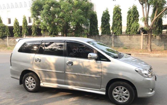 Bán ô tô Toyota Innova đăng ký 2010, màu bạc nhập khẩu nguyên chiếc giá chỉ 355 triệu đồng1