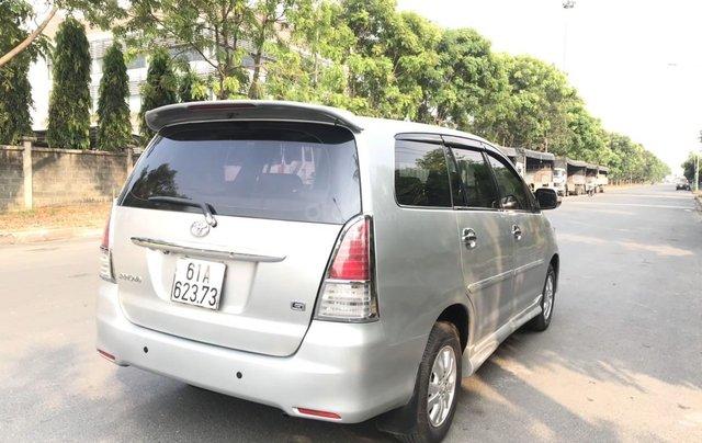 Bán ô tô Toyota Innova đăng ký 2010, màu bạc nhập khẩu nguyên chiếc giá chỉ 355 triệu đồng3