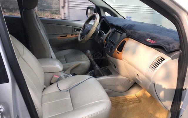 Bán ô tô Toyota Innova đăng ký 2010, màu bạc nhập khẩu nguyên chiếc giá chỉ 355 triệu đồng10
