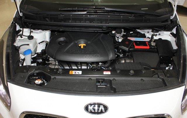 Bán Kia Rondo GAT 2016, màu trắng, biển TP, 535tr11