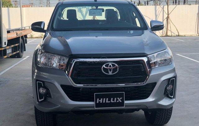 Bán Toyota Hilux 2.4MT, 2.4AT, 2.8AT khuyến mãi tiền mặt, tặng phụ kiện- xe giao ngay toàn quốc0