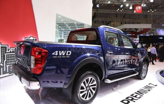 Bán Nissan Navara giá gốc xe nhập Thái giá siêu tốt 2