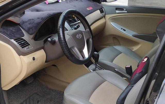 Bán Hyundai Accent đăng ký 2011, màu đen, xe gia đình, giá chỉ 350 triệu đồng, LH: 09797578894
