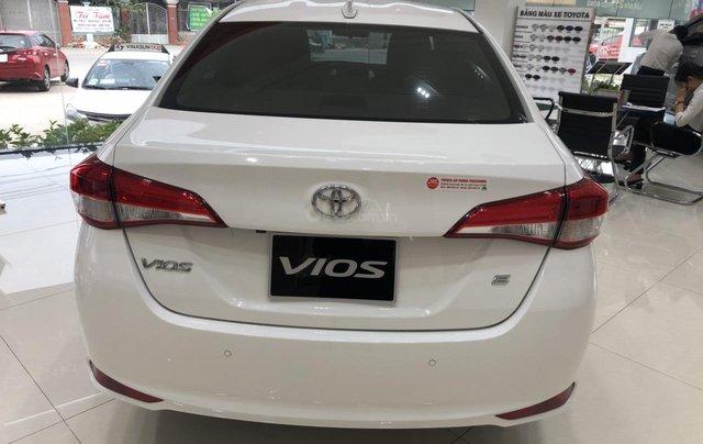 Toyota Vios 1.5E MT, 1.5E CVT, 1.5G CVT - hỗ trợ vay 90% - trả 120tr nhận ngay xe1