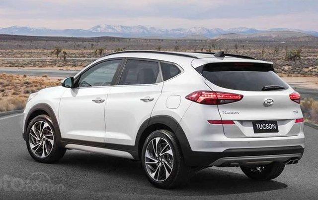 Cần bán xe Hyundai Tucson 2.0 AT đời 2019, xe nhập, giá tốt liên hệ Mr. Kiệm 09792112392