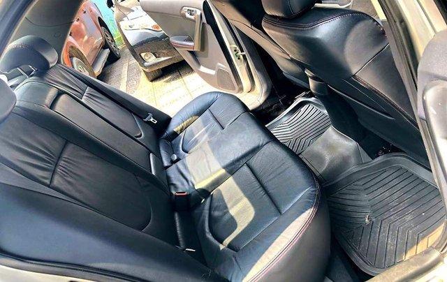 Bán Kia Cerato 1.6 tự động màu bạc sản xuất 2010 biển Hà Nội - liên hệ: 09768889783