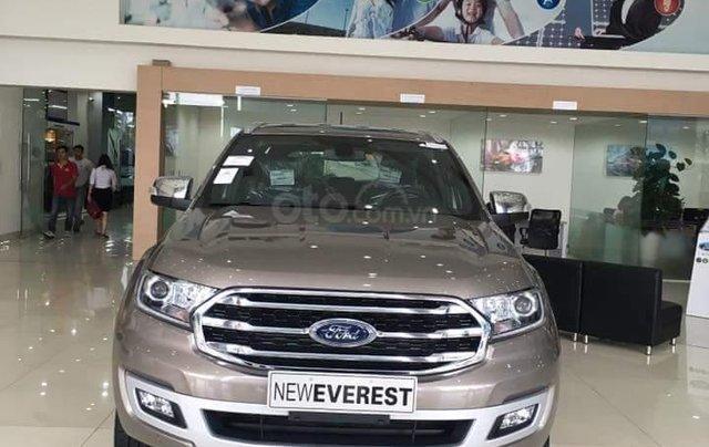 Ford Everest 2019, hỗ trợ trả góp 80% lãi suất ưu đãi, chỉ cần trả trước 300 triệu để nhận xe, gọi ngay 0973.426.7332