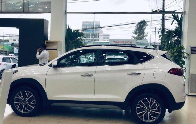 Hyundai Tucson xăng đặc biệt 2019, đủ màu giao ngay, LH: 0901 622 5032