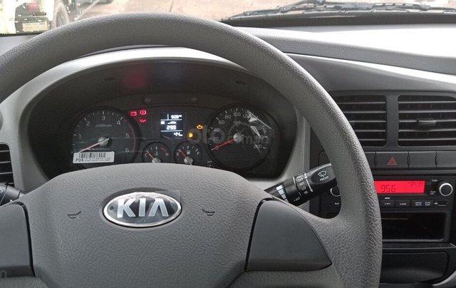 Xe tải Kia 200 ưu đãi 50% lệ phí trước bạ tháng 11 này, đời 2019 máy Hyundai4
