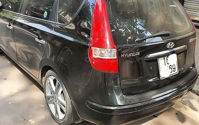 Cần bán gấp Hyundai i30 đời 2009, màu đen, nhập khẩu nguyên chiếc, 332tr1