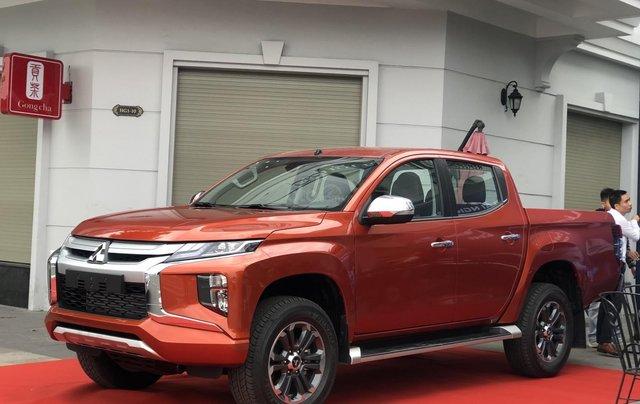 Bán tải Triton 4x2 AT MIVEC nhập khẩu giá chỉ 600 triệu, Mitsubishi Quảng Ninh giá tốt 2