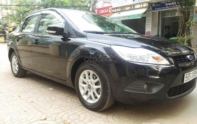 Ford Focus 1.8 đăng ký T10/ 2010, màu đen, liên hệ chính chủ 0913992465 Thanh2