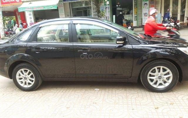Ford Focus 1.8 đăng ký T10/ 2010, màu đen, liên hệ chính chủ 0913992465 Thanh3