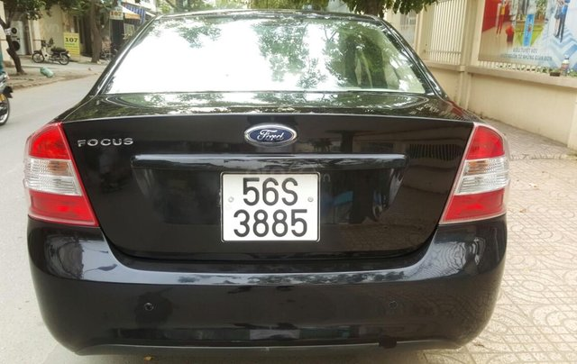 Ford Focus 1.8 đăng ký T10/ 2010, màu đen, liên hệ chính chủ 0913992465 Thanh6