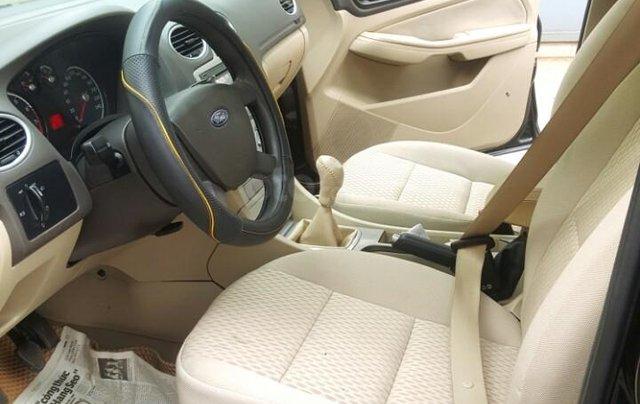 Ford Focus 1.8 đăng ký T10/ 2010, màu đen, liên hệ chính chủ 0913992465 Thanh7
