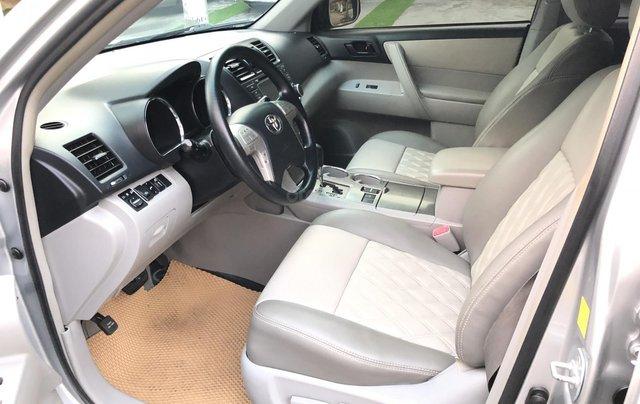 Cần bán xe Toyota Highlander 2.7 AT 2011, màu bạc, xe nhập5