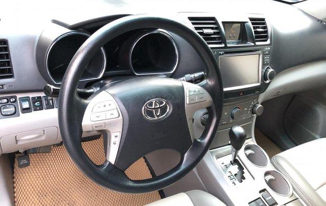 Cần bán xe Toyota Highlander 2.7 AT 2011, màu bạc, xe nhập6