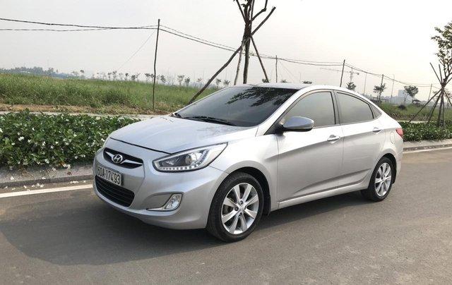 Bán ô tô Hyundai Accent 1.5MT Sedan 2014, màu bạc, xe nhập, giá tốt0