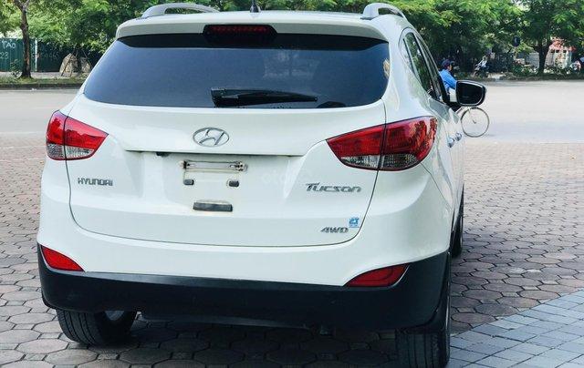 Bán xe Hyundai Tucson đời 2011, màu trắng5