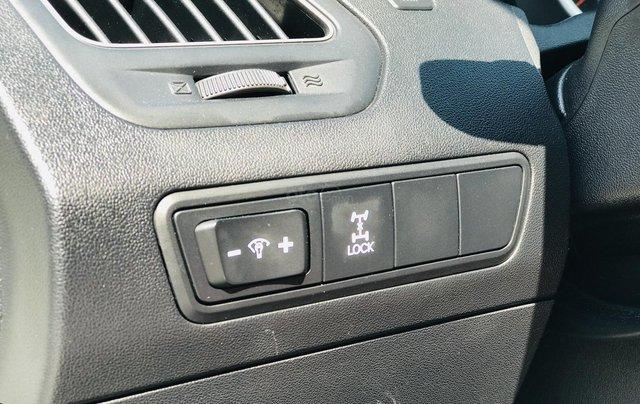Bán xe Hyundai Tucson đời 2011, màu trắng19