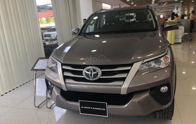 Bán Toyota Fortuner 2.4 số tự động - Khuyến mãi tiền mặt- Tặng phụ kiện0