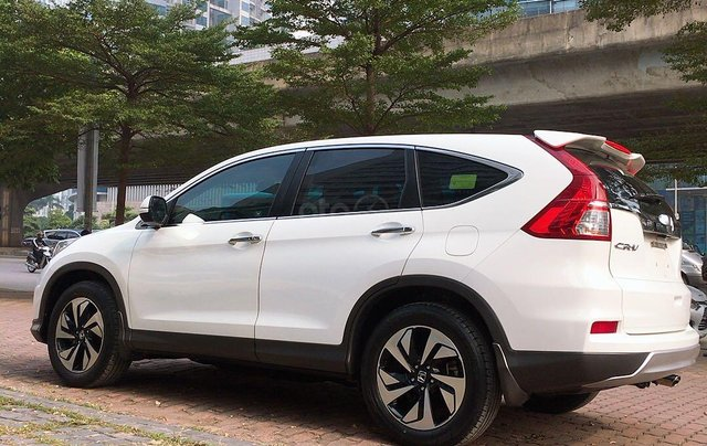 Cần bán xe Honda CR V đời 2015, màu trắng xe gia đình giá 820 triệu đồng11